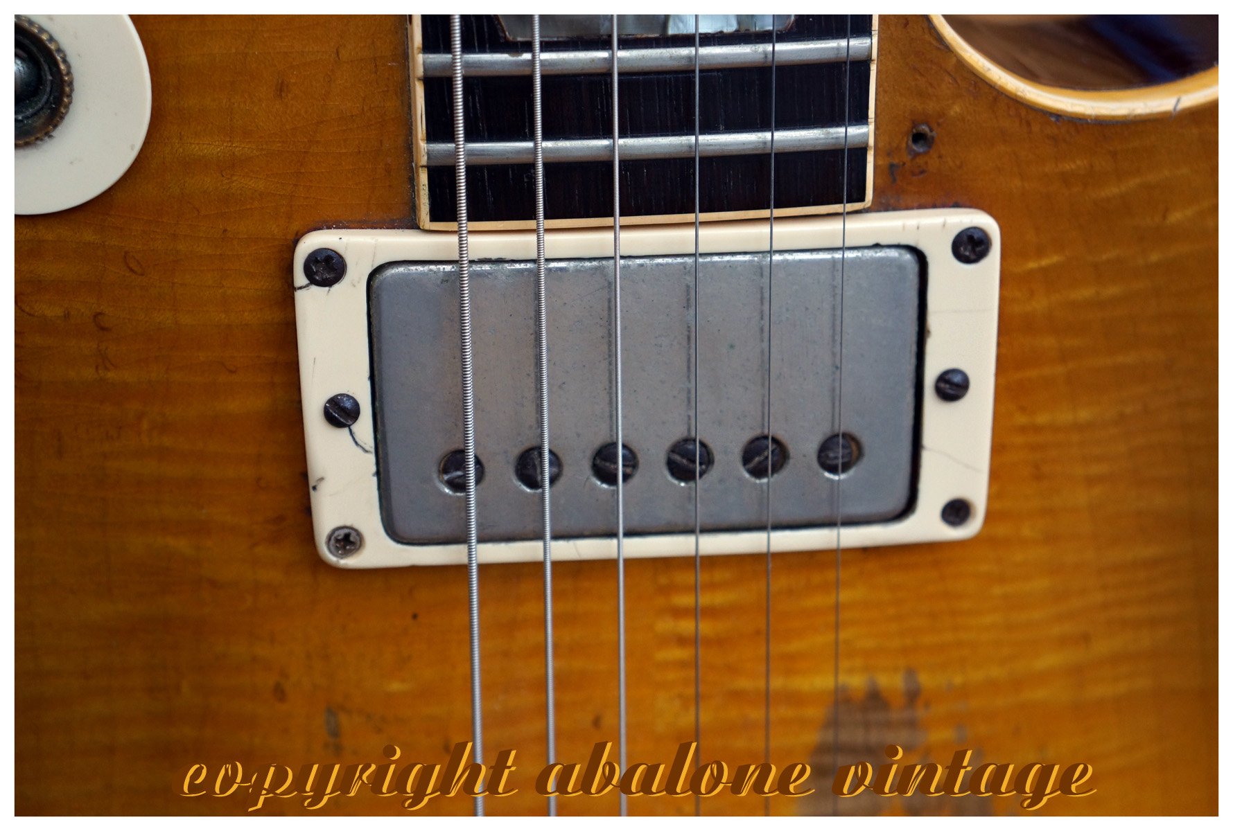1959_Gibson_Les_Paul_guitar_Greenie_pick
