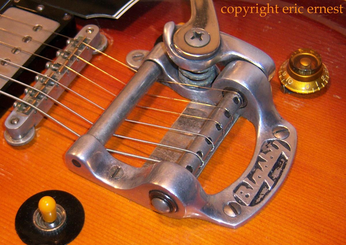 1957 - 1963 Gibson EMS-1235 double neck mandolin banjo octave